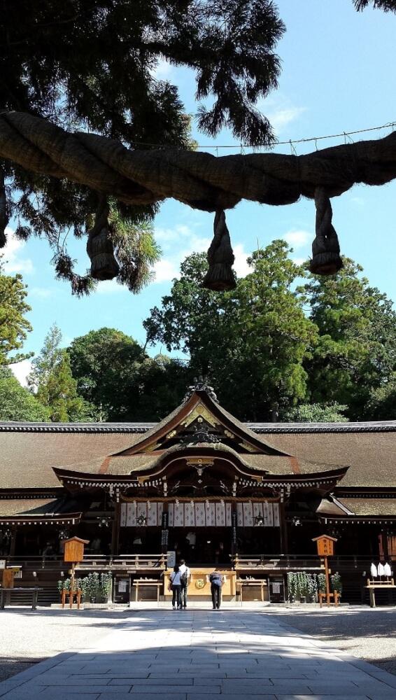 大神神社(奈良県桜井市/三輪駅、青大将)
