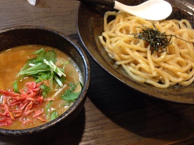 中村屋(神宮駅、ラーメン、つけ麺)