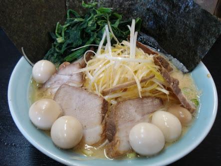 萬来亭(緑区・家系ラーメン)