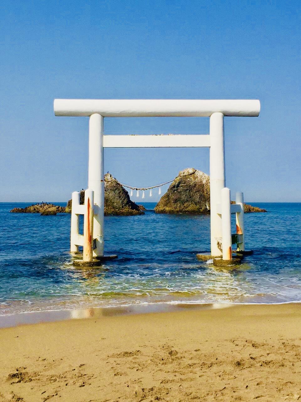 糸島(福岡県糸島市/糸島船越漁港の牡蠣小屋)