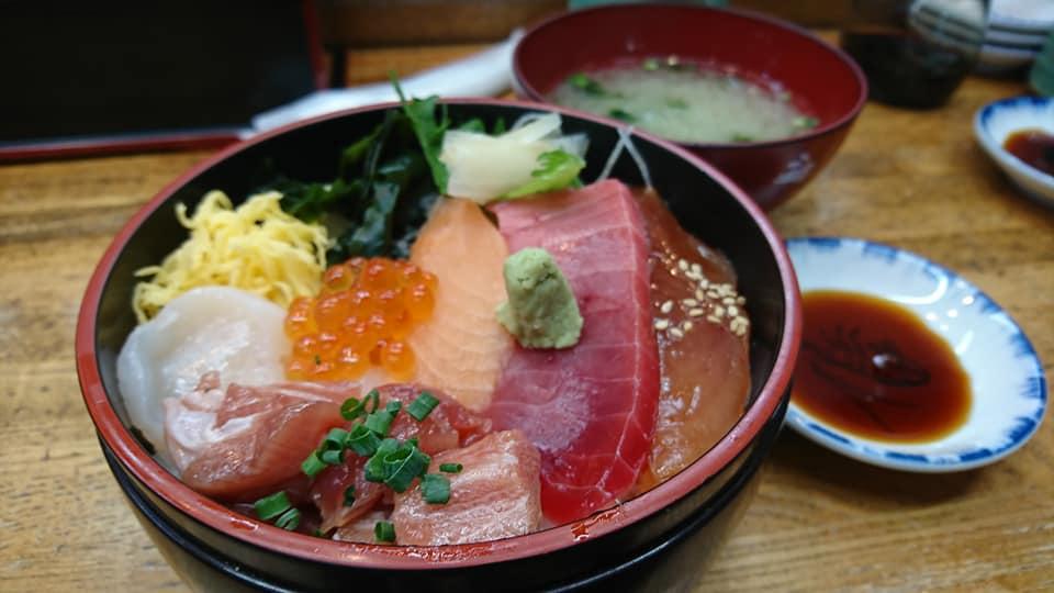 焼津おさかなセンター(焼津市/お土産食事処)