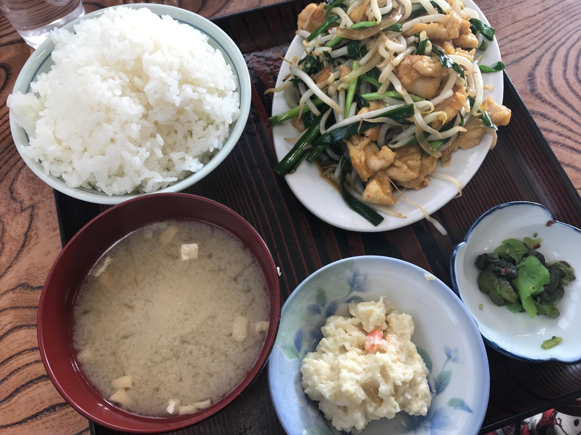 本当は教えたくない・・・激うま店の 柿屋(新潟市東区/定食)