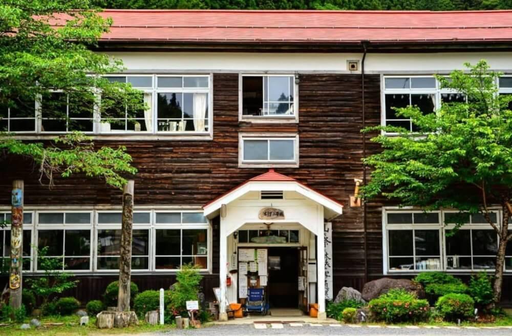 【ナゴヤドーム前矢田店】旧木沢小学校(長野県/飯田市)