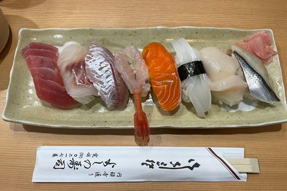 【本店】よしの寿司(円頓寺商店街/寿司屋)