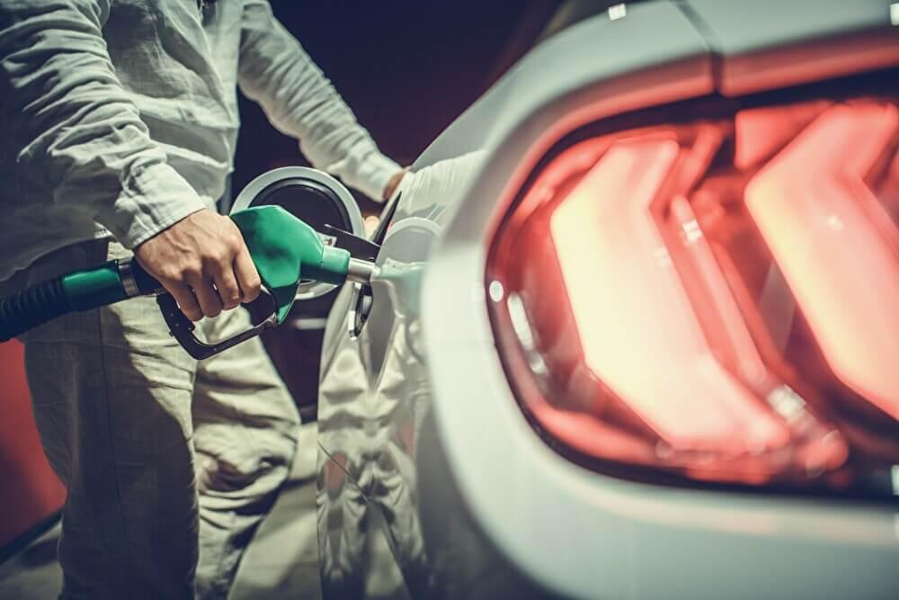 油種を間違って給油した時の対処法