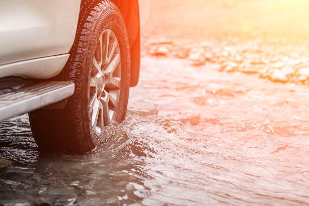 台風から車を守るための対策